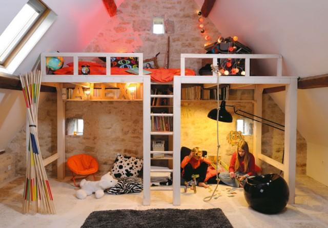 7b1409579abd567f642106176129-une-chambre-d-enfant-en-mezzanine-dans-un-grenier-1-pp
