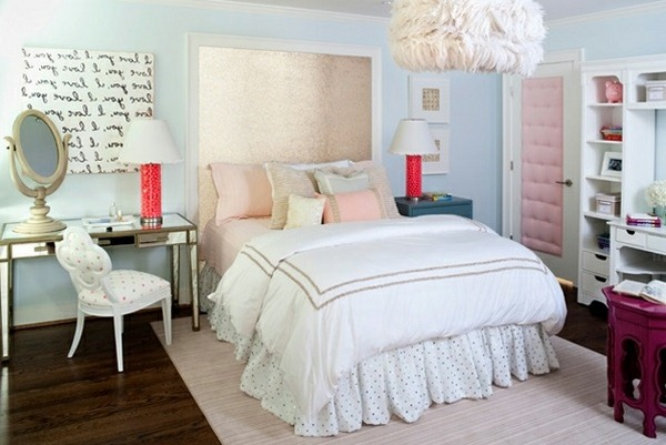 Bedroom-furniture-bedside-tables-and-mirror-antique-design-bedding