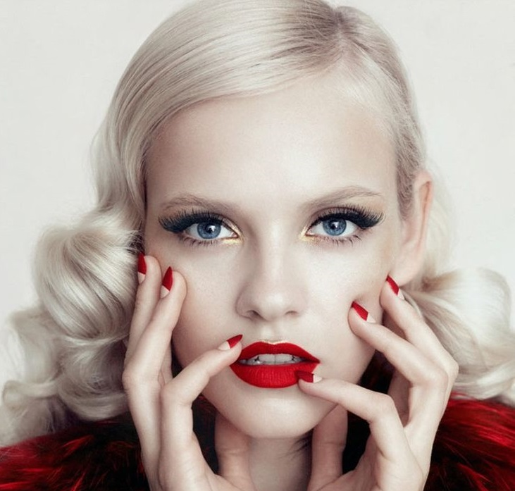 Makeup Tips For Acne Sufferers