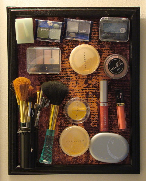 Magnetic-Makeup-Board-1-480x595