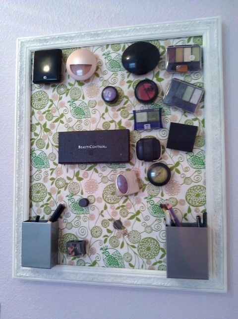 Magnetic-Makeup-Board-3-480x642