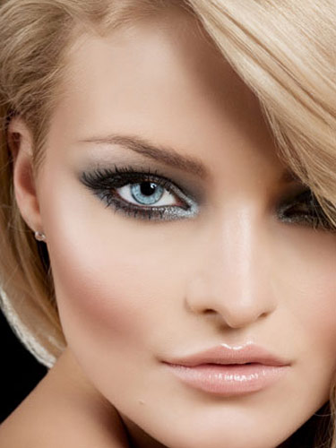 Makeup-for-blue-eyed-brides