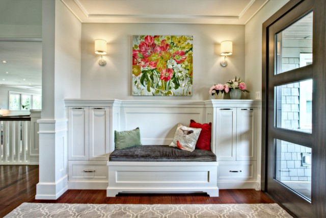 Staggering-Entryway-Benches-decorating-ideas-for-Entry-Transitional-design-ideas-with-Staggering-area-rug-built