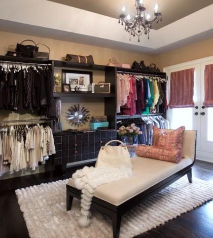 black-closet-envy
