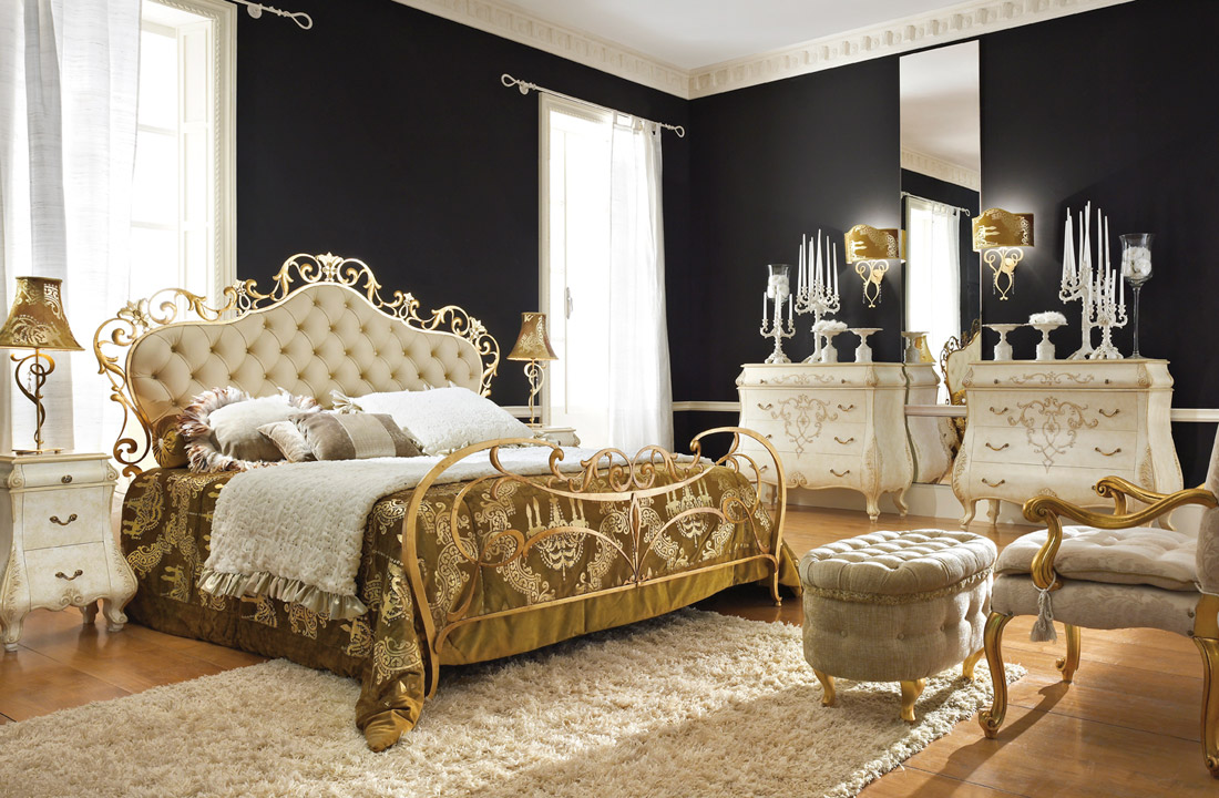 20 ultra luxurious mirrored furniture designs for your bedroom for Black gold bedroom designs