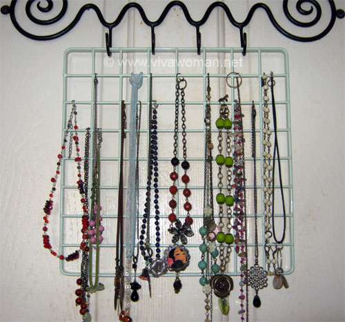 necklace-wire-rack