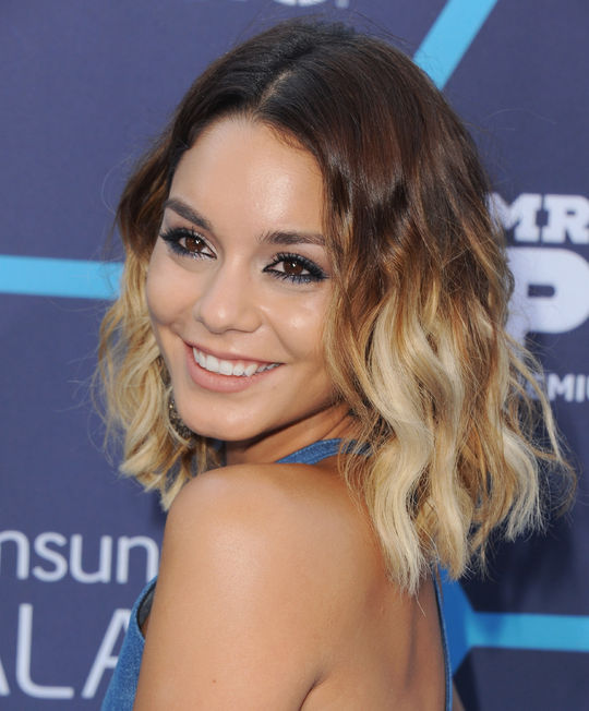 vanessa-hudgens-short-ombre-hair-for-summer