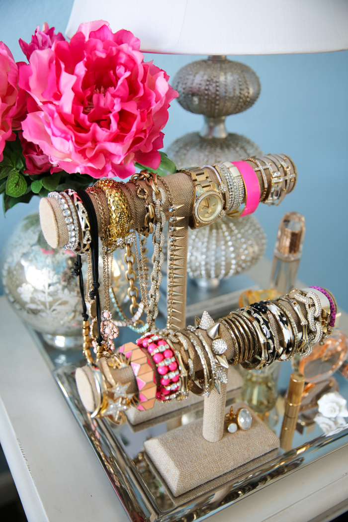 24 Smart Ways To Organize Your Accessories