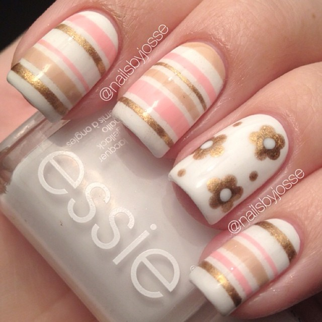 21 Beautiful Striped Nail Designs