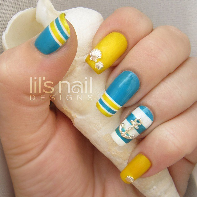 nautical-nail-art-lilsnaildesign-1
