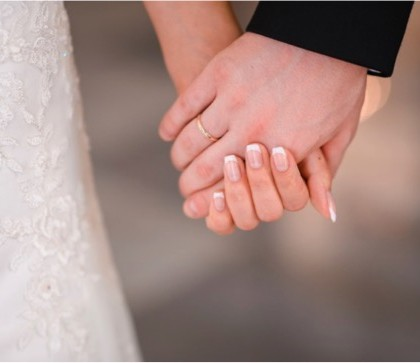 wedding-hands