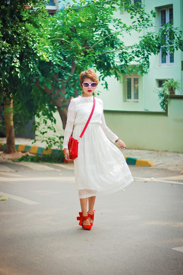 Indian-Fashion-Streetstyle-Fashion-Blogger-in-Bangalore-India_Nilu-Yuleena-Thapa_Chicwish-full-of-grace-white-lace-mesh-dress_Bow-Pumps_hidesign-sunglasses22