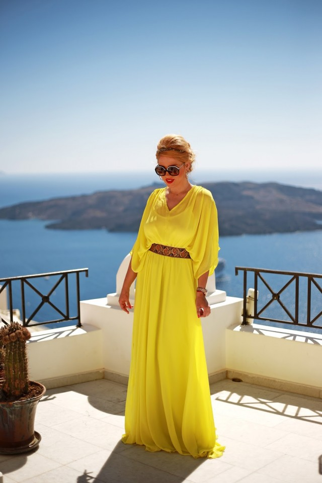 long yellow chiffon dress_Santorini_Fira