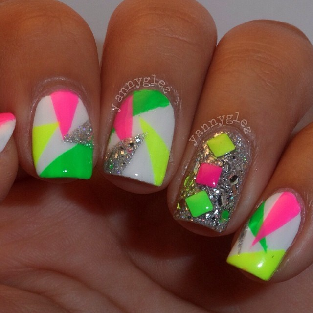 20 Eye Catching Neon Nail Designs To Try This Summer