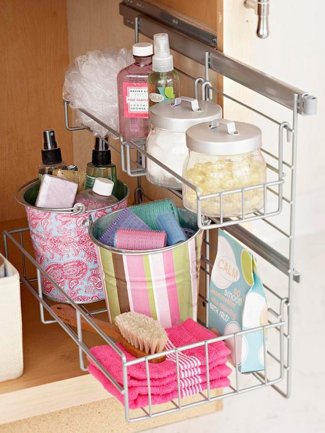 top-bathroom-cabinet-organizer-ideas-with-use-the-cabinet-door-as-a-bathroom-organizer