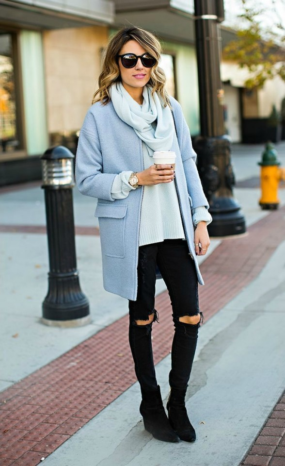 Black-and-light-blue-look