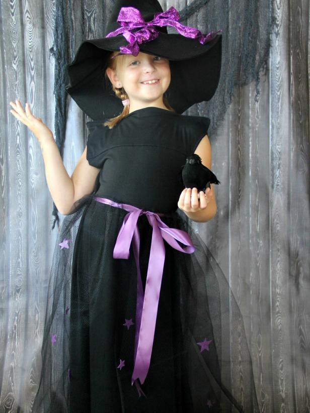 CI-Jess-Abbott_Halloween-Witch-Costume_v.jpg.rend.hgtvcom.616.822