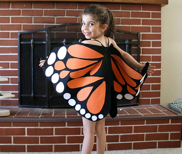 Felt-Monarch-Butterfly-Wings-Tutorial-Buggy-and-Buddy