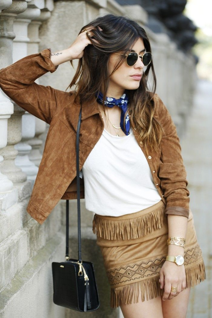 25 Outfits With Suede Skirts That You Need To See Now