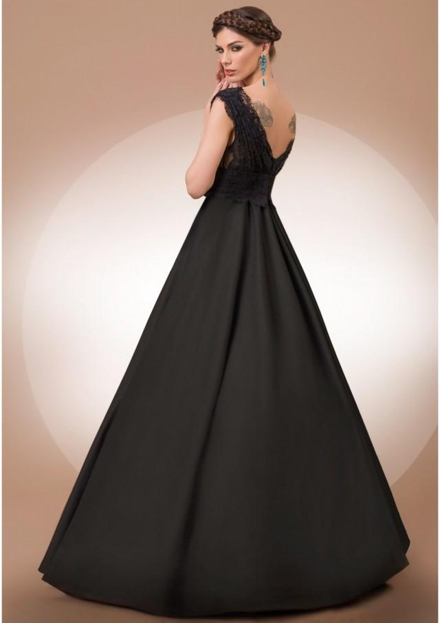 0394-secret-world-dress-gallery-2-1200x1700