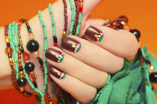 Thanksgiving_Nail_Art_Ideas_content
