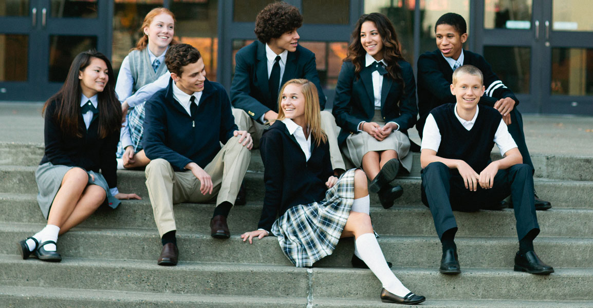 10 Great Ways to Accessorize a Strict School Uniform