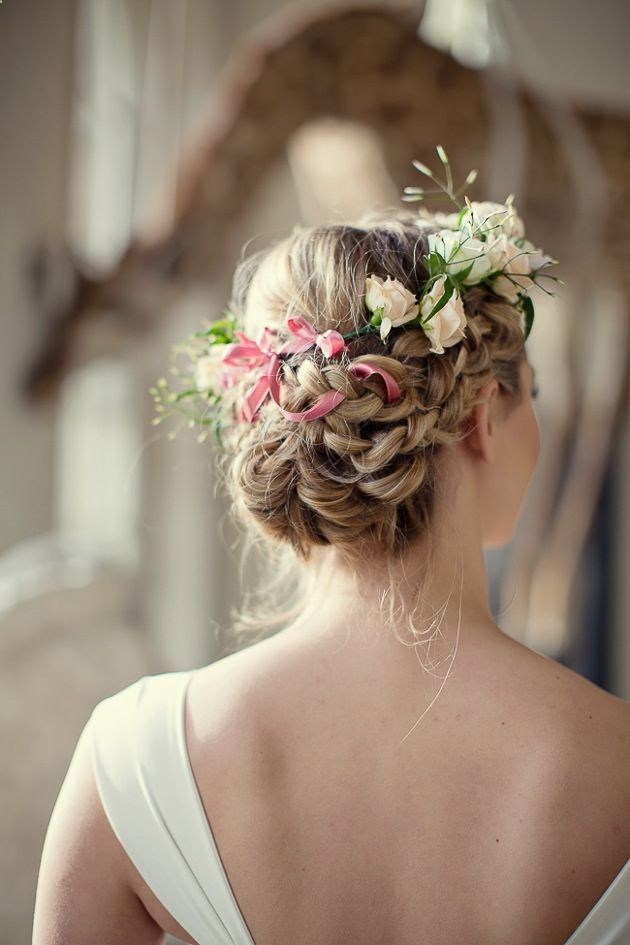 15 Marvelous Hairstyles Every Bride Need to See