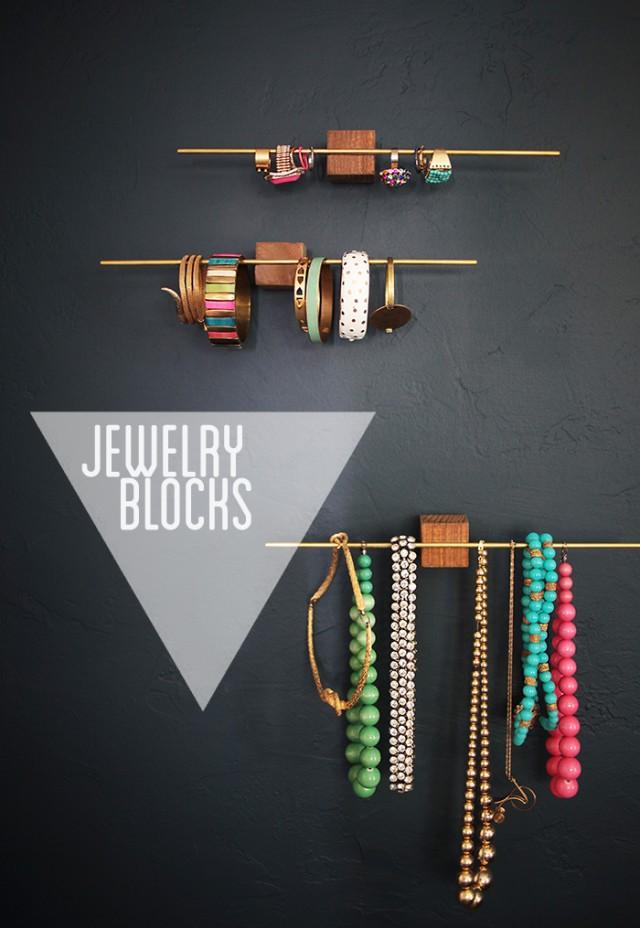 diy jewelry organizer11
