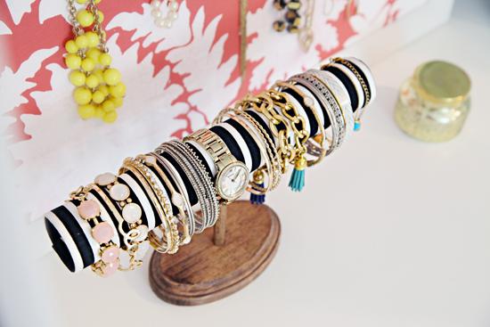 diy jewelry organizer8