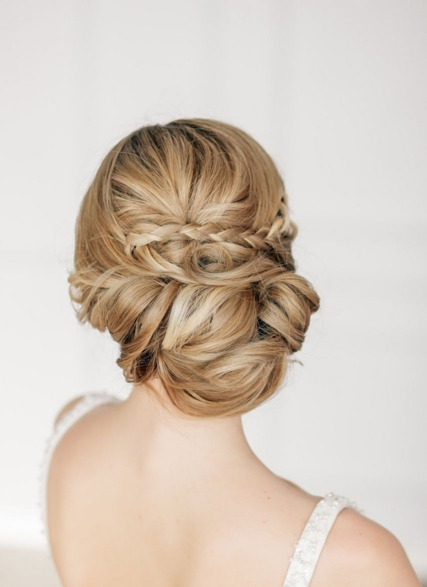 16 bridal hairstyles that you can wear any other day. Black Bedroom Furniture Sets. Home Design Ideas