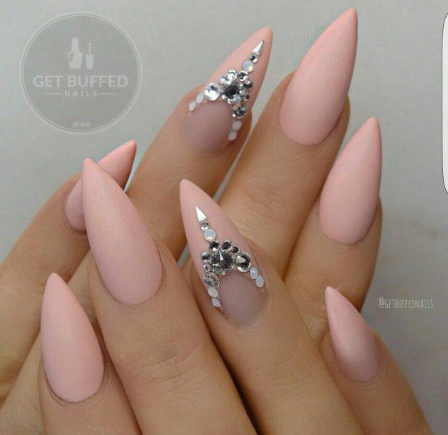 nail19