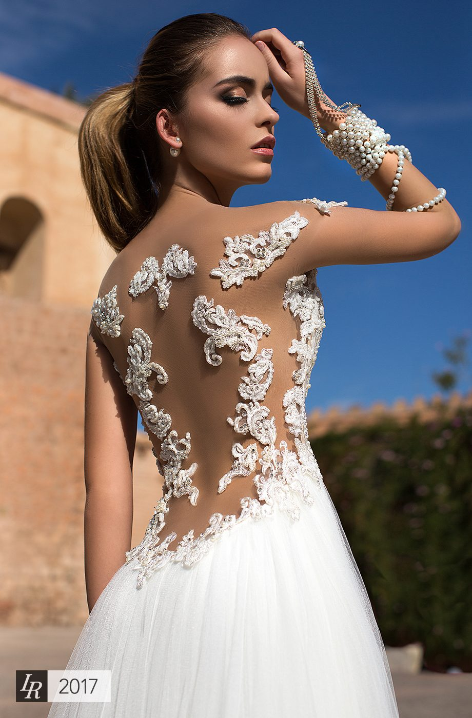 """""""Desert Mistress"""" – Timeless Bridal 2017 Collection by Lorenzo Rossi"""