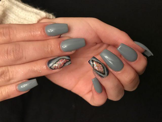 nail12
