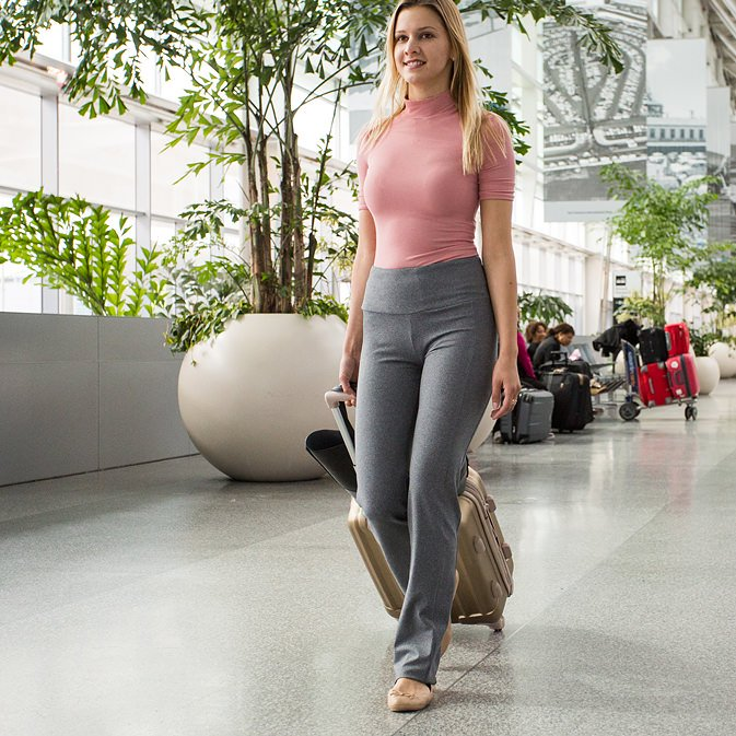 Enjoy the Versatility of Yoga Pants with these fun Styles