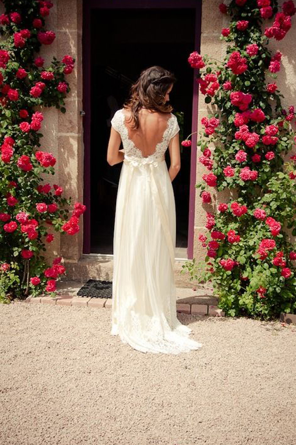 Timeless Wedding Dresses You Need to See
