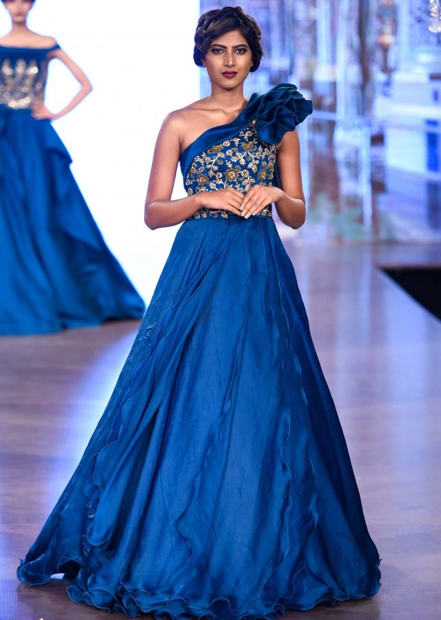 Top 3 Types Of Party Gowns For Indian Girls