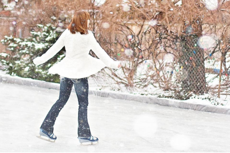 What Not to Wear: Fashion Tips While on the Ice