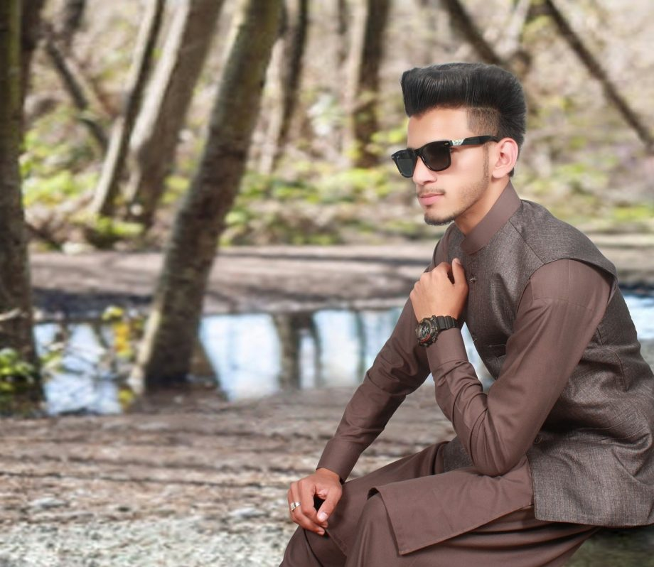 All That You Need to Know About Indian Men's Wear Kurta and Pajama