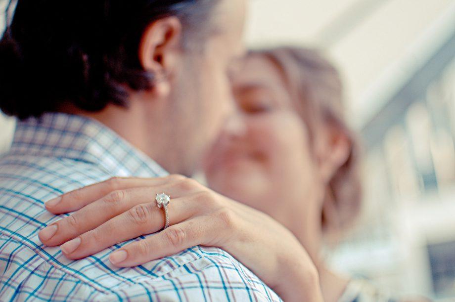 Buying Your Engagement Ring: The Diamond Advisors Advice