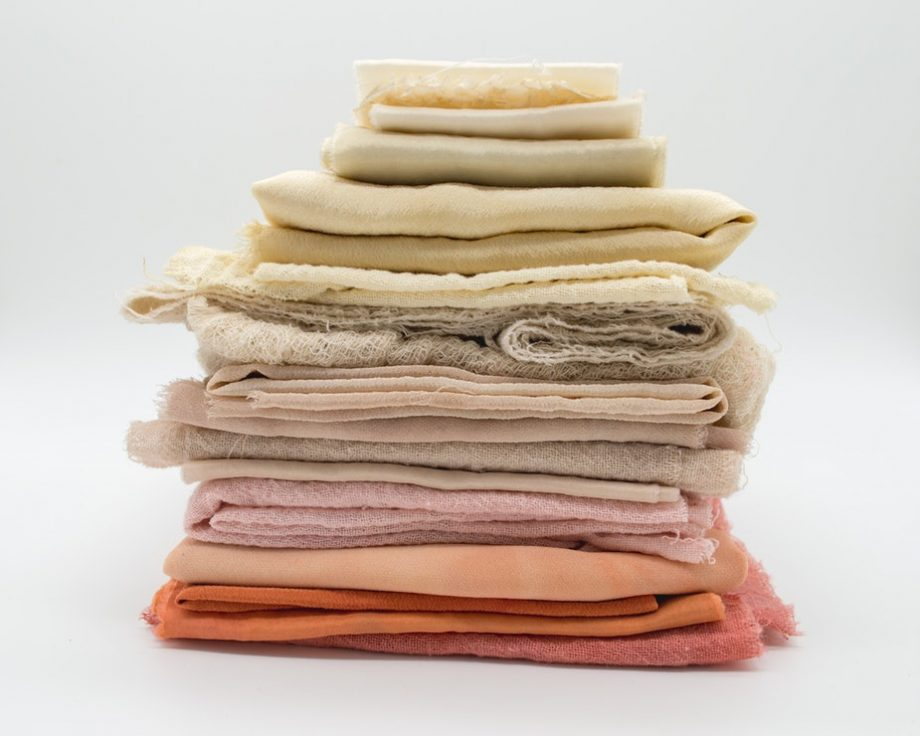 Washing towels with vinegar