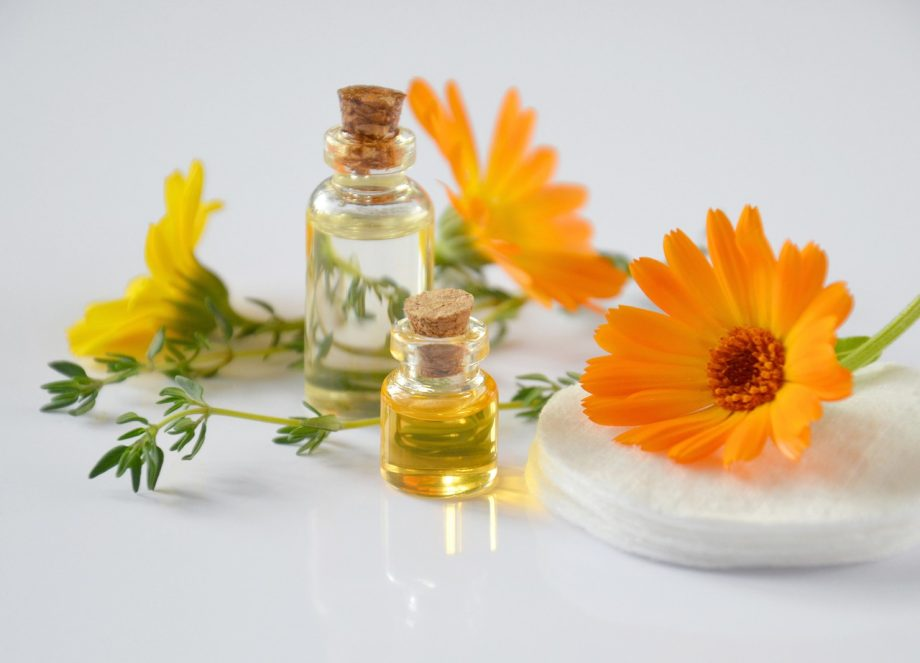 What Are Essential Oils and How They Affect Your Body