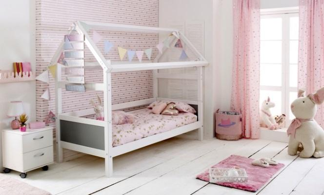 Bedroom design tips for a little fashionista