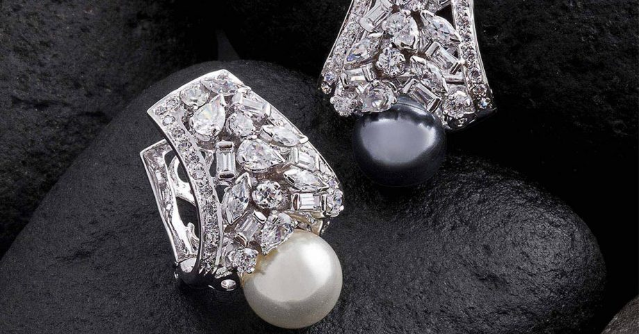 How To Store And Keep Silver Jewelry From Tarnishing?