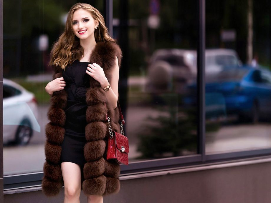 Is My Wardrobe Ready for a Fur Coat? 6 Tips Before Buying a Coat