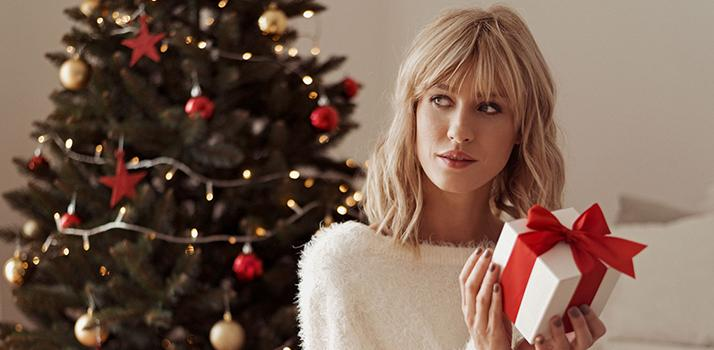 Best Perfumes For The Ladies On Your Christmas List