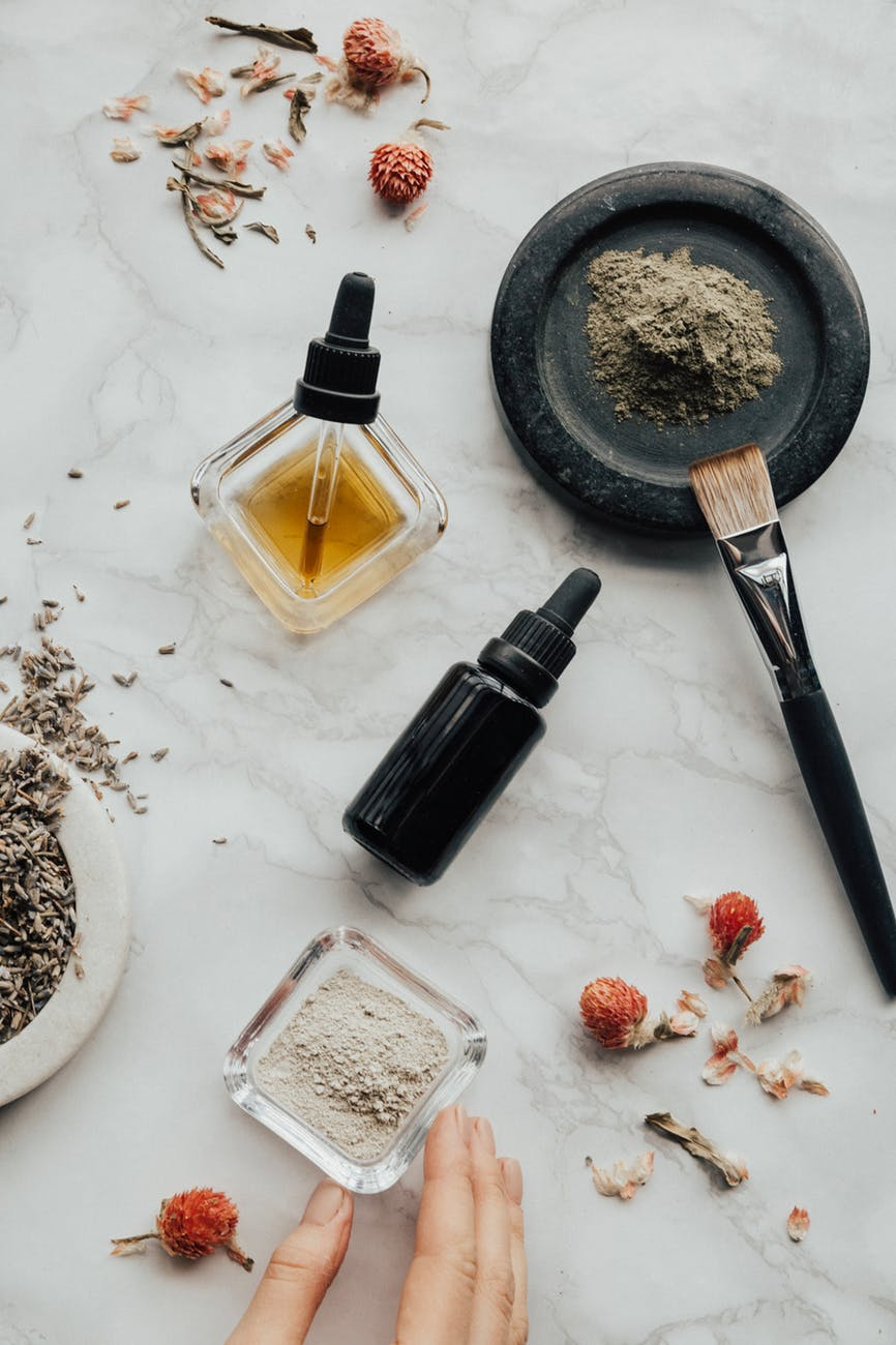 Why You Should Switch to Using Natural and Organic Skin Care Products