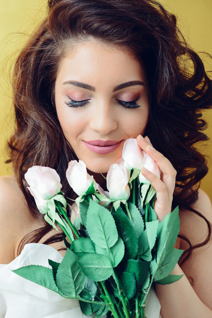 Ultimate Valentine's Day Makeup Tips That You Shouldn't Miss