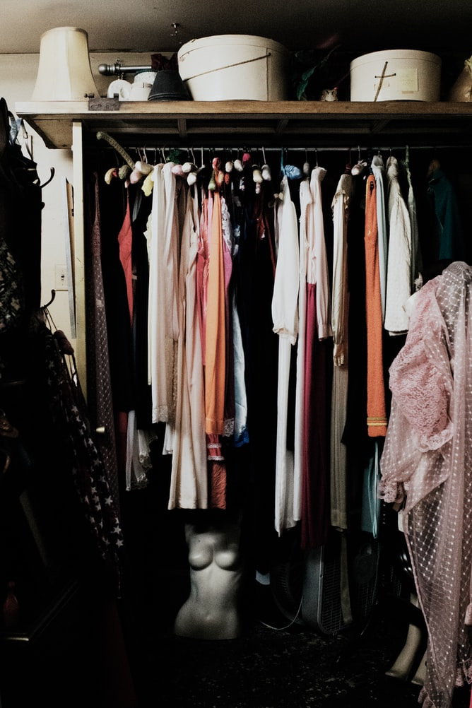 4 Tips for Designing a Luxurious Closet