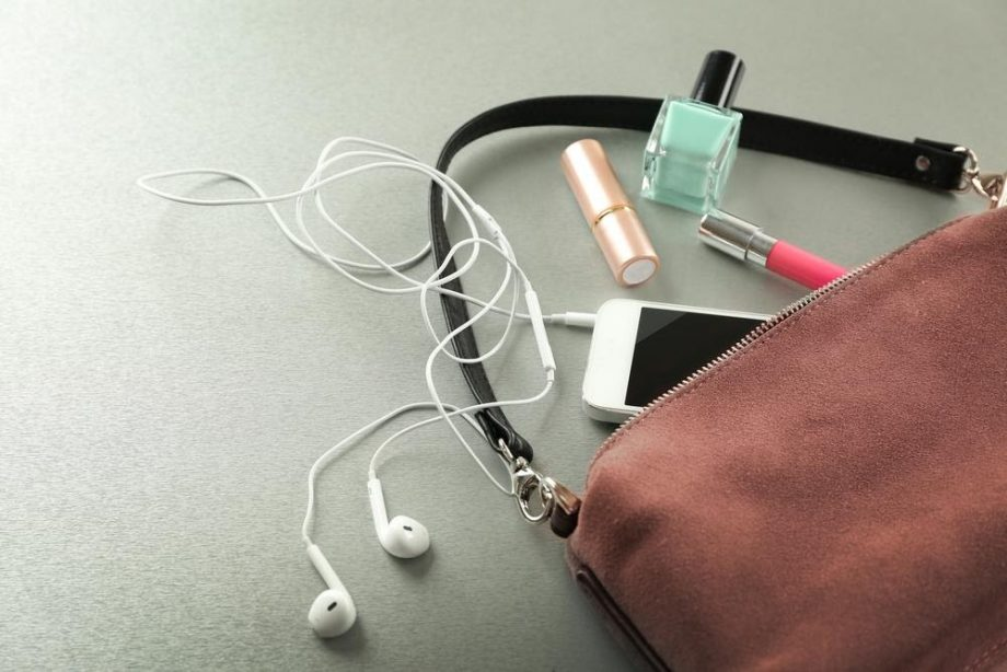 7 Tips for Keeping Your Purse Organized
